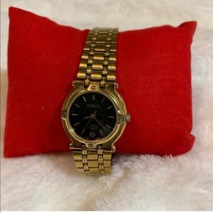 Authentic Gucci Vintage gold tone watch